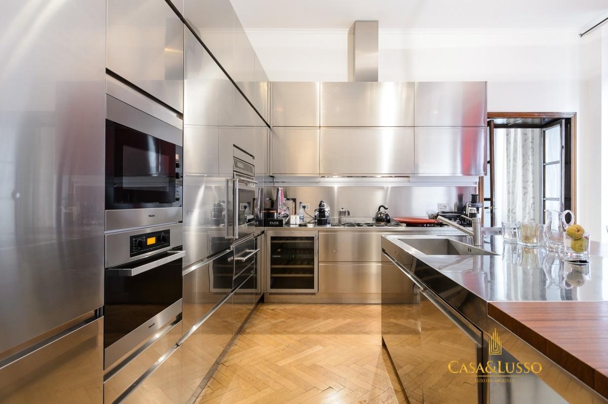 Vendita appartamenti milano residenza di lusso di alta for Appartamenti milano