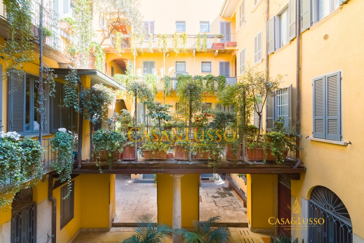 Affitto appartamenti milano quadrilatero della moda for Bilocale arredato milano