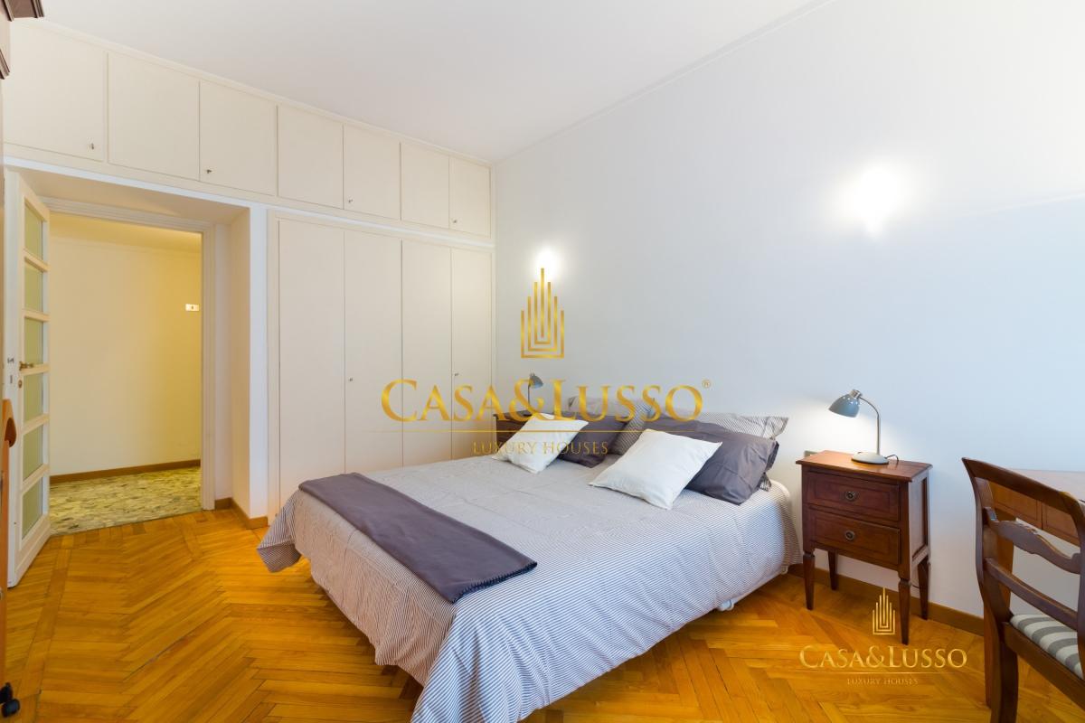 Affitto appartamenti milano san babila ristrutturato e for Affitto appartamento arredato milano