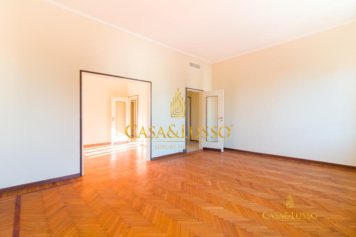Affitto appartamenti milano cadorna luminoso for Appartamenti milano